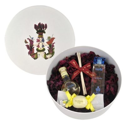 Home Giftset with roomspray with 3 free products in luxury giftbox