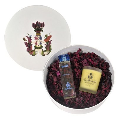 Giftset roomspray now with free scented candle  and potpourri